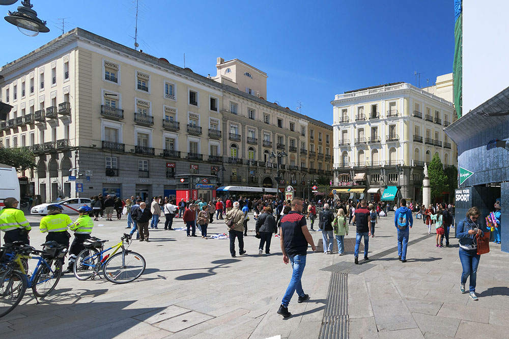 madrid plaza del sol plaza mayor palacio real travel