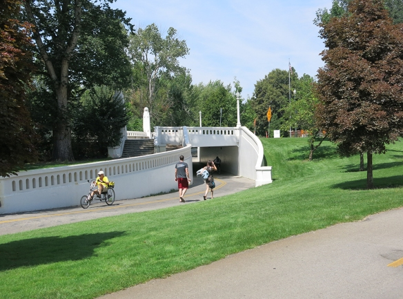 IMG_7600_1000_bikeway