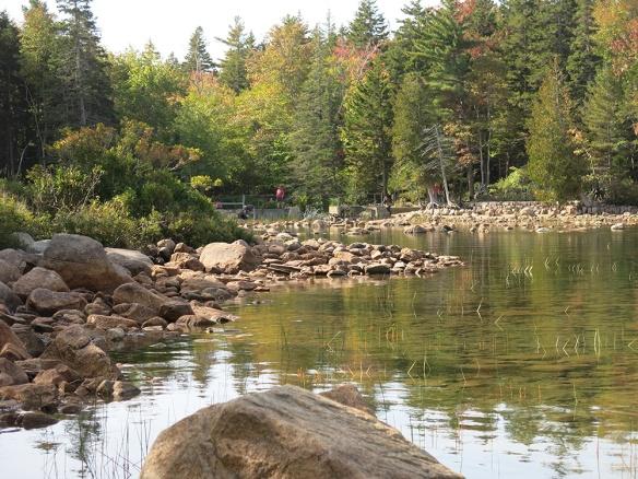 3_Acadia_0545_1000_LakeOutlet